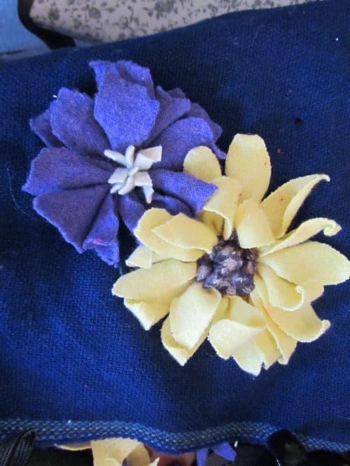 Tom's medal, Hardwick Hall, hand emb., 3D hooked flowers 010
