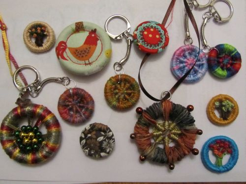 Xmas wreaths,Ruth's stumpwork and Penny rugs,Dorset buttons 018