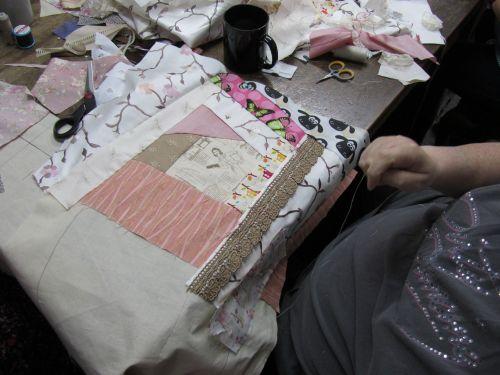 OB,Handlebards,stumpwrk,Goldwork,vintage pieced & embellished bo 045