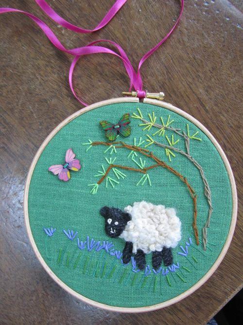 Masham,G'wk Airedale,S'wk sheep, S'wk insects,rag rugging,mug sh 041
