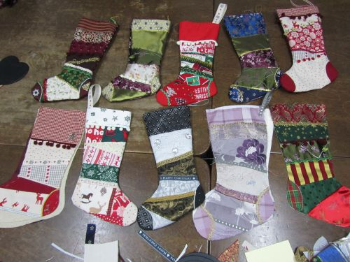 courses here,xmas stockings,r r wreaths,Guides,K&S RSN 008