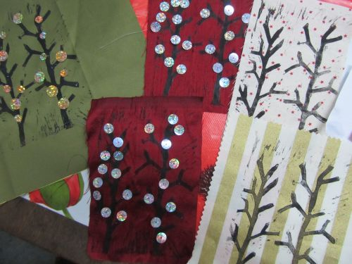 courses here,xmas stockings,r r wreaths,Guides,K&S RSN 033